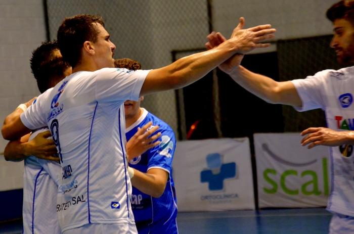Fabinho marca quatro vezes e amplia a vantagem na artilharia da Liga Paulista de Futsal