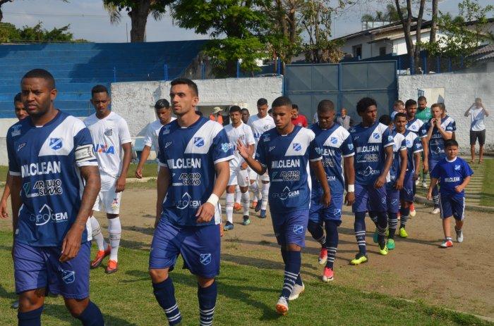 Foto contra o Santos