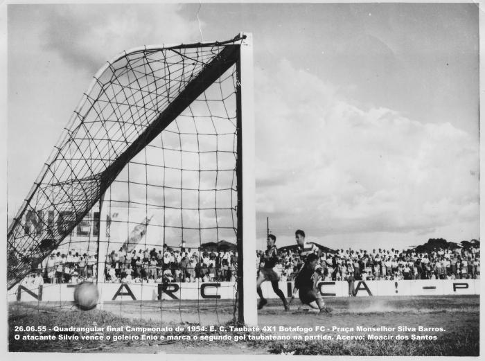 18 - 26.06.55 - Gol do Silvio - Taubaté X Botafogo